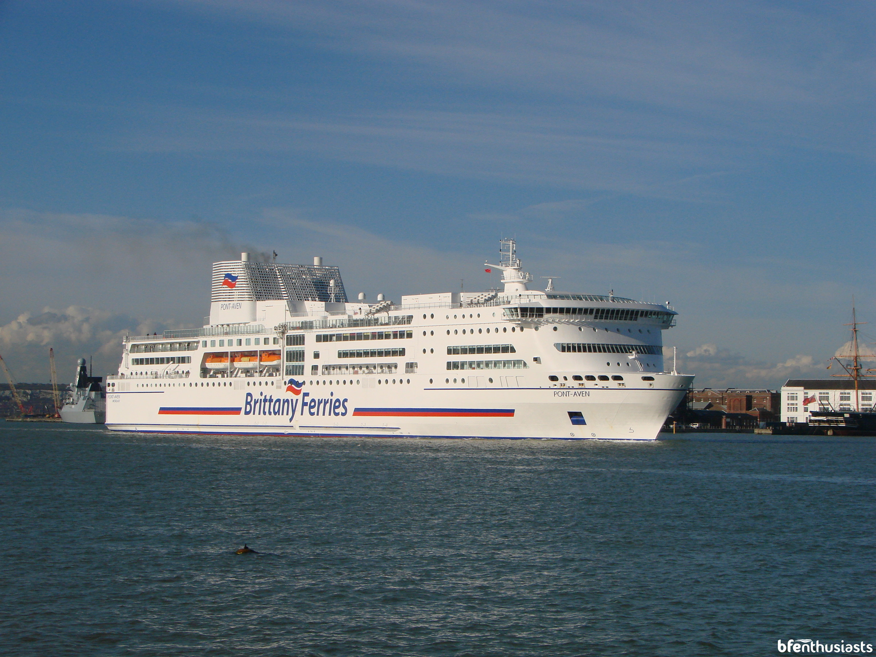 Pont-Aven departing Portsmouth on 12/04/16