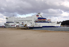 IMG_2461_ARMORIQUE_PASSING_THE_SANDBANKS_FERRY_5.jpg