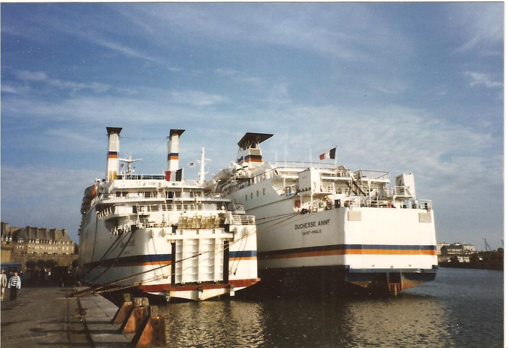 Mv Duchess Anne & Armorique  Laid up in St Malo 1993 no3.jpg