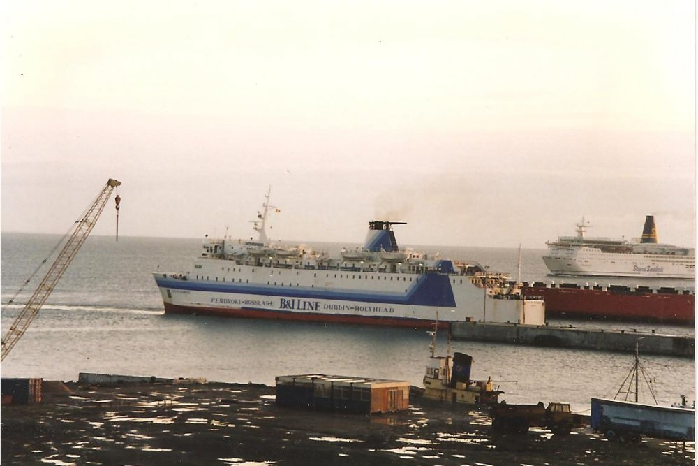Mv  Isle of Inishmore ,X Leinster in her new B&I  livery  when she deployed on the Rosslare to Pembroke 1994 no11.jpg